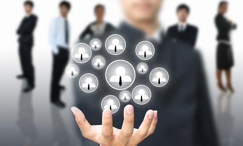 Управлении персоналом с помощью информационных технологий